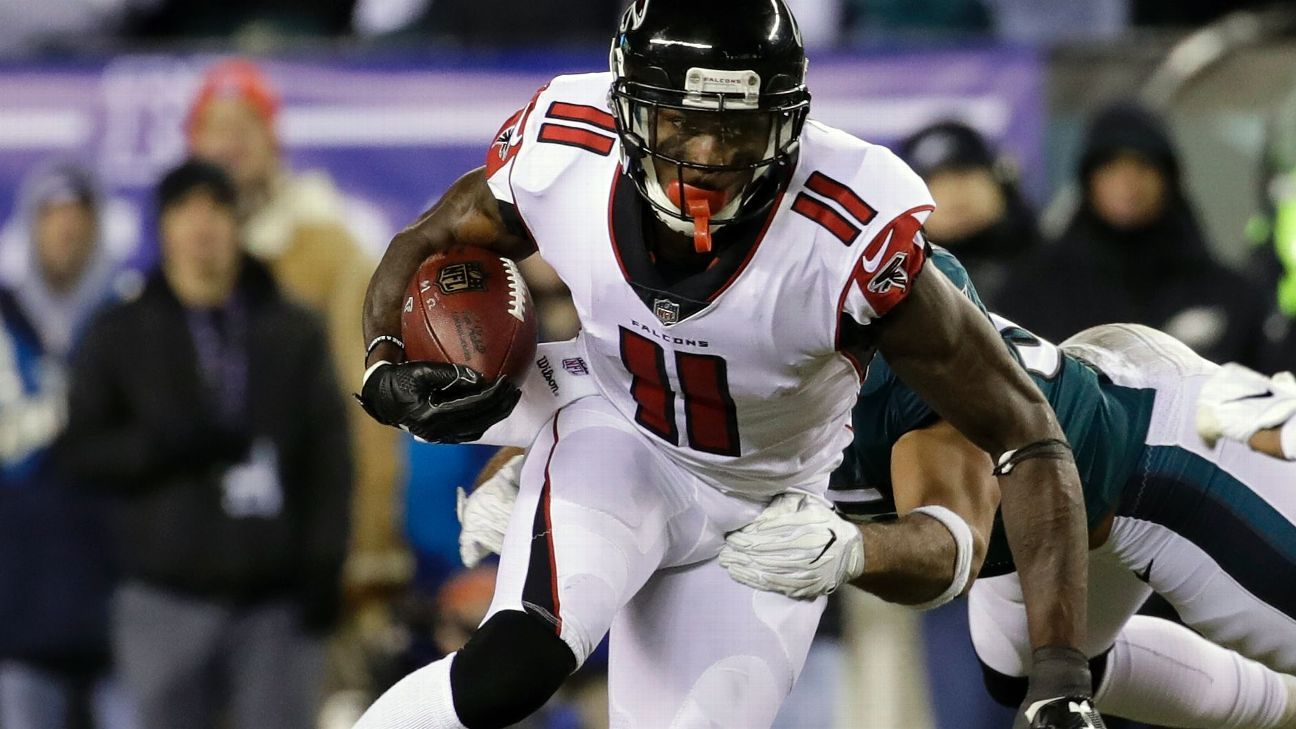 Falcons star receiver Julio Jones will report to training camp on Thursday, general manager Thomas Dimitroff announced late Wednesday night. Jones had previously planned to hold out amid a contract dispute.