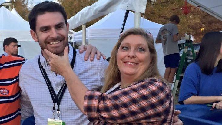 Auburn Tigers superfan Tammy Renae Bullard, 52, dies in auto crash