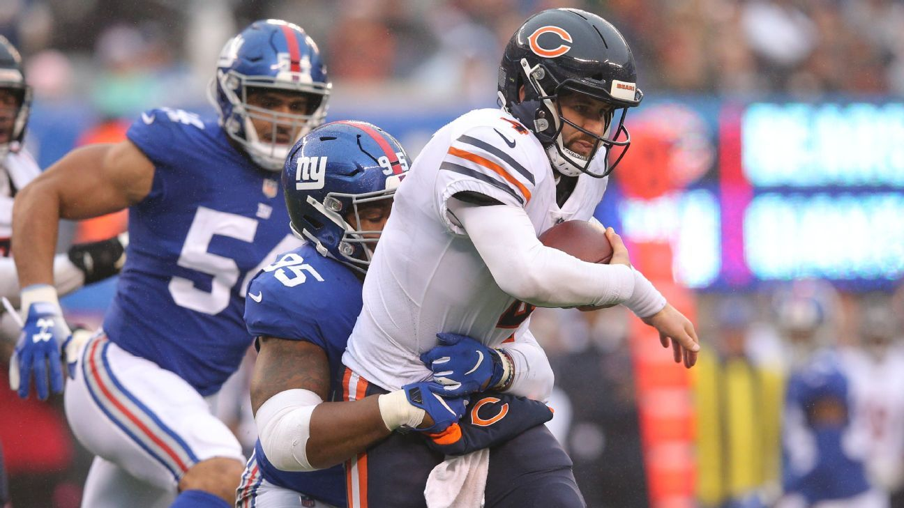 Chase Daniel has rough outing while injured Mitchell Trubisky watches team fall to last-place Giants.