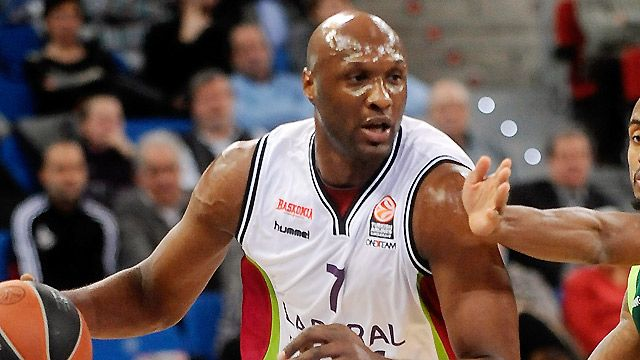 Panathinaikos vs. Laboral Kutxa Vitoria (featuring Lamar Odom)