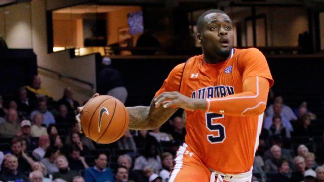 #14 Kentucky vs. Auburn (M Basketball) (re-air)