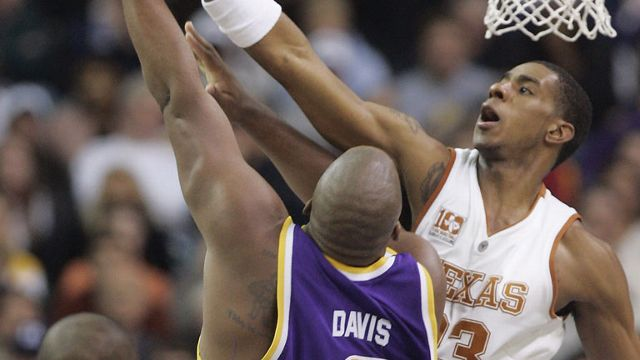 #9 LSU vs. Texas - 12/10/2006 (re-air)