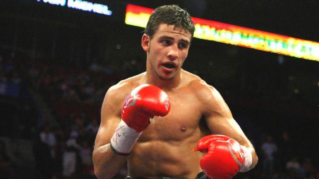 In Spanish - Karl Dargan vs. Tony Luis (re-air)