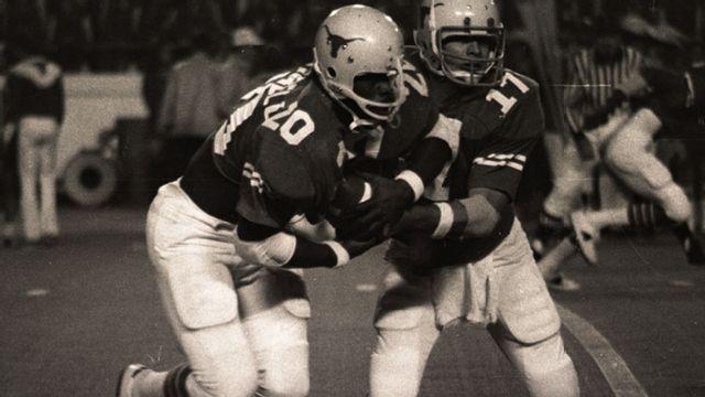 Arkansas Razorbacks vs. Texas Longhorns  - 12/4/1976