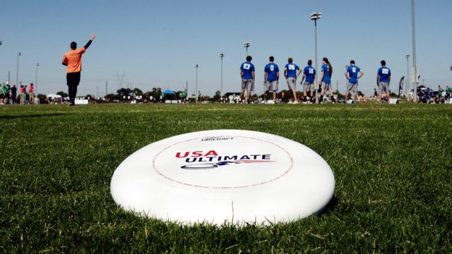 USA Ultimate College Championships (Men's Semifinal #1)
