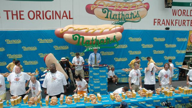 2015 Nathan's Famous Hot Dog Eating Contest (Main Event)