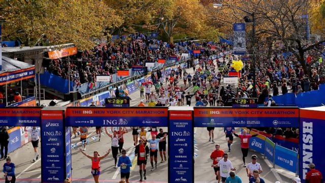2015 New York City Marathon: Finish Line Cam