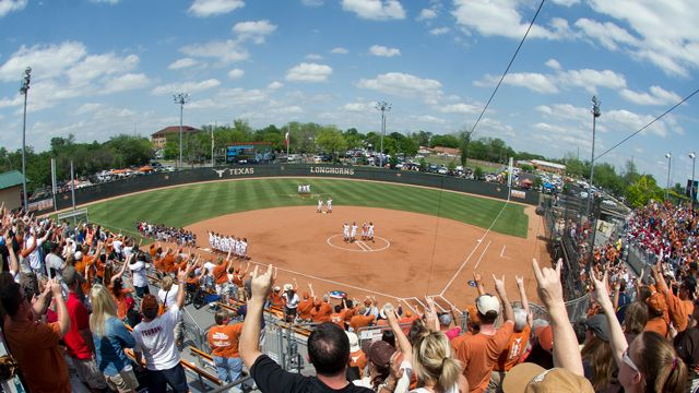 Texas Softball Home Run Derby