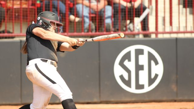 Charlotte vs. South Carolina (Softball)