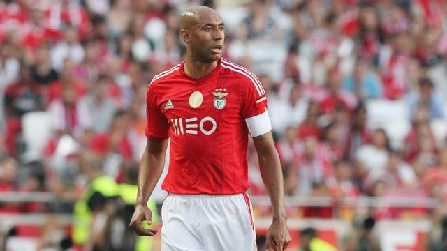 En Espanol - AS Monaco vs. Sl Benfica (UEFA Champions League) (re-air)