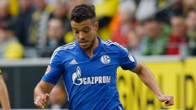 In Spanish - Schalke 04 vs. APOEL FC (UEFA Europa League)