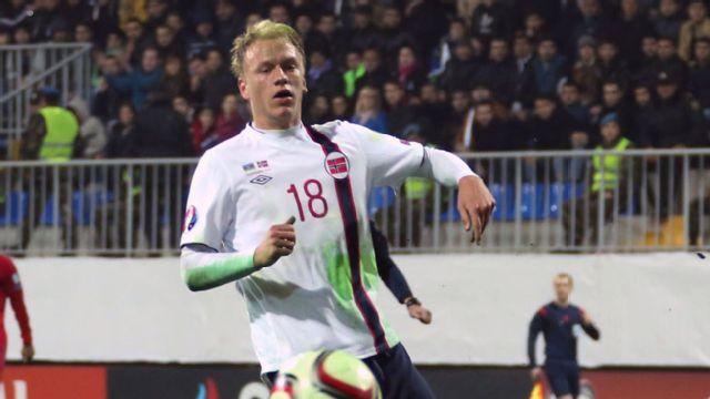 In Spanish - Croacia vs. Noruega (UEFA Europa 2016 Qualifier)