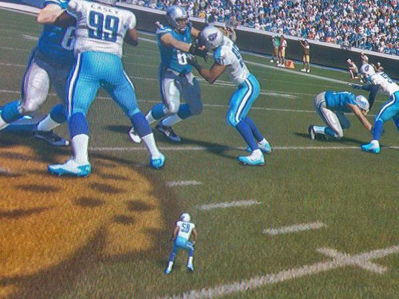 Madden 15 Glitch Features A Tiny Fearless Linebacker Sportsnation Espn