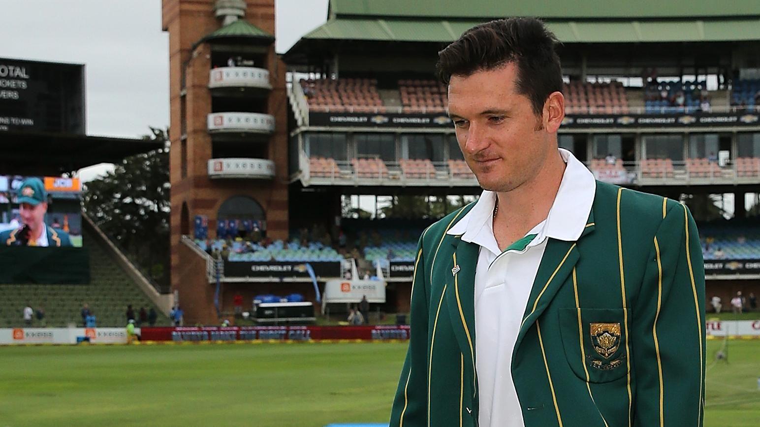 Smith contemplating SA comeback