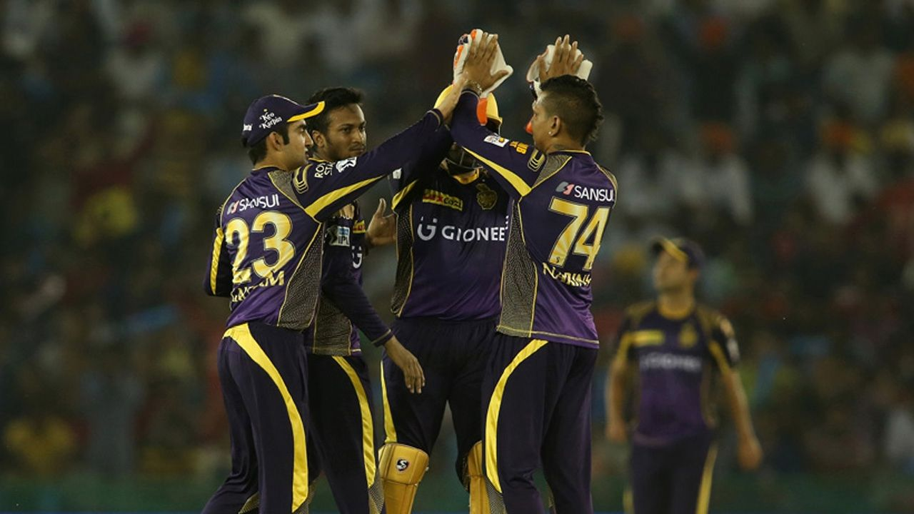 Spinners, Uthappa lift Knight Riders to top of table