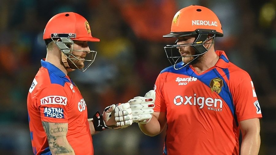 Upbeat Royal Challengers target smarting Lions