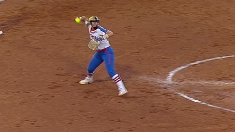 2017 NCAA softball tournament -- UCLA Bruins top Ole Miss Rebels in