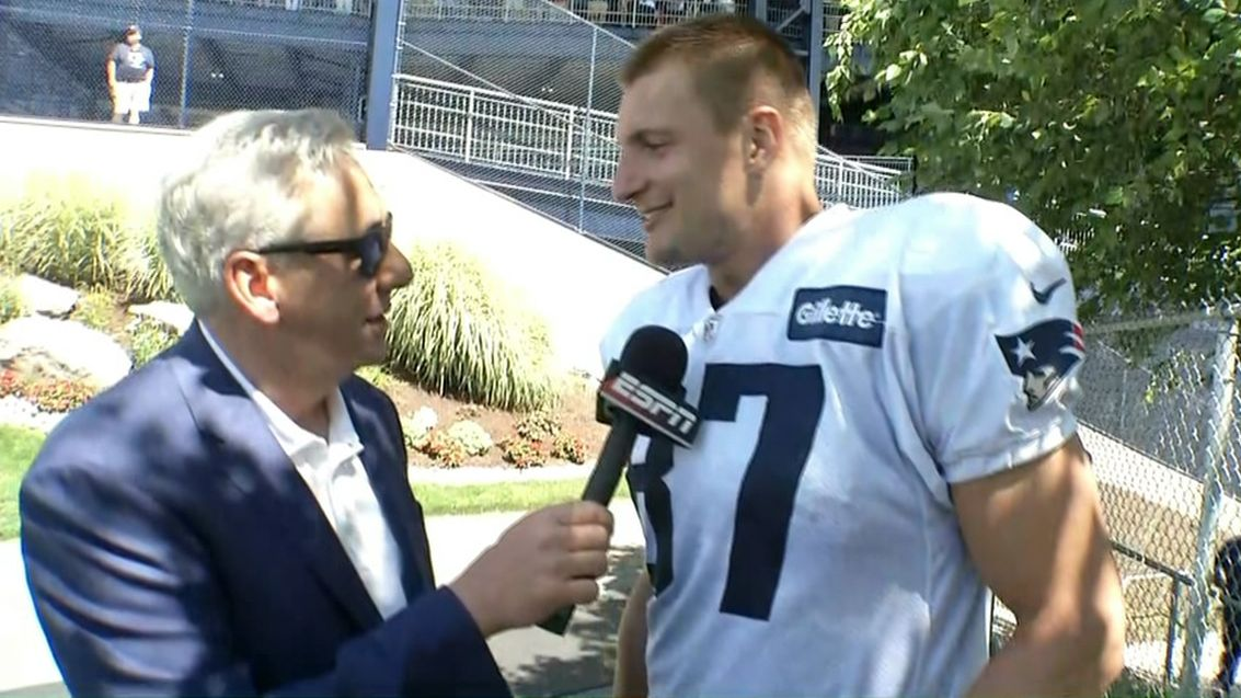 Gronk thinks of Brady as one of the young guys