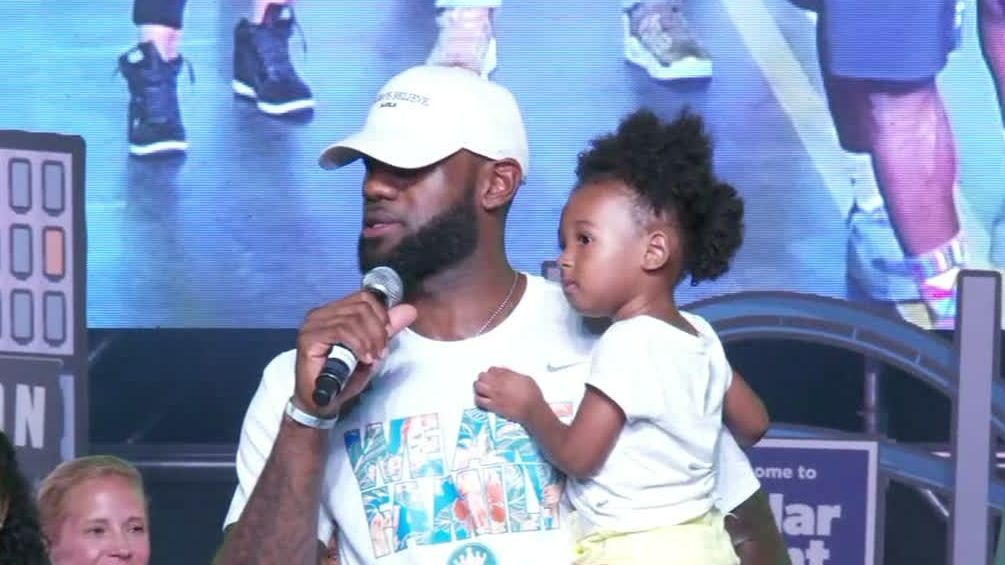 LeBron stresses love as only way to get better