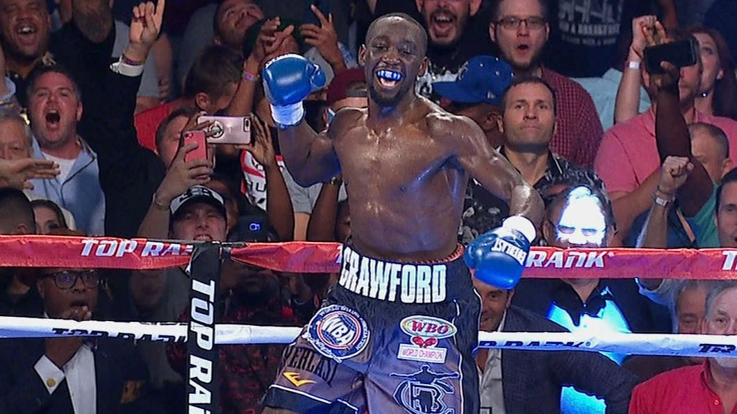 Crawford puts on show for home crowd