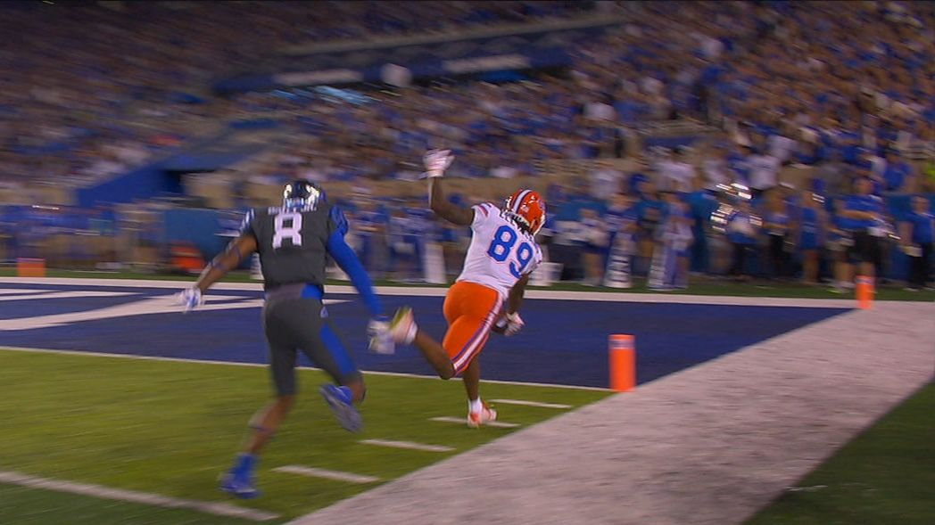 Kentucky forgets to cover receiver, Gators score easily