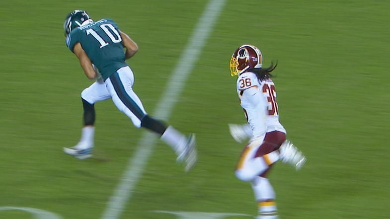 Wentz airs it out to Hollins for TD