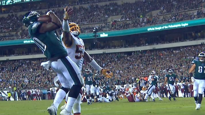 Clement makes excellent grab for Eagles TD