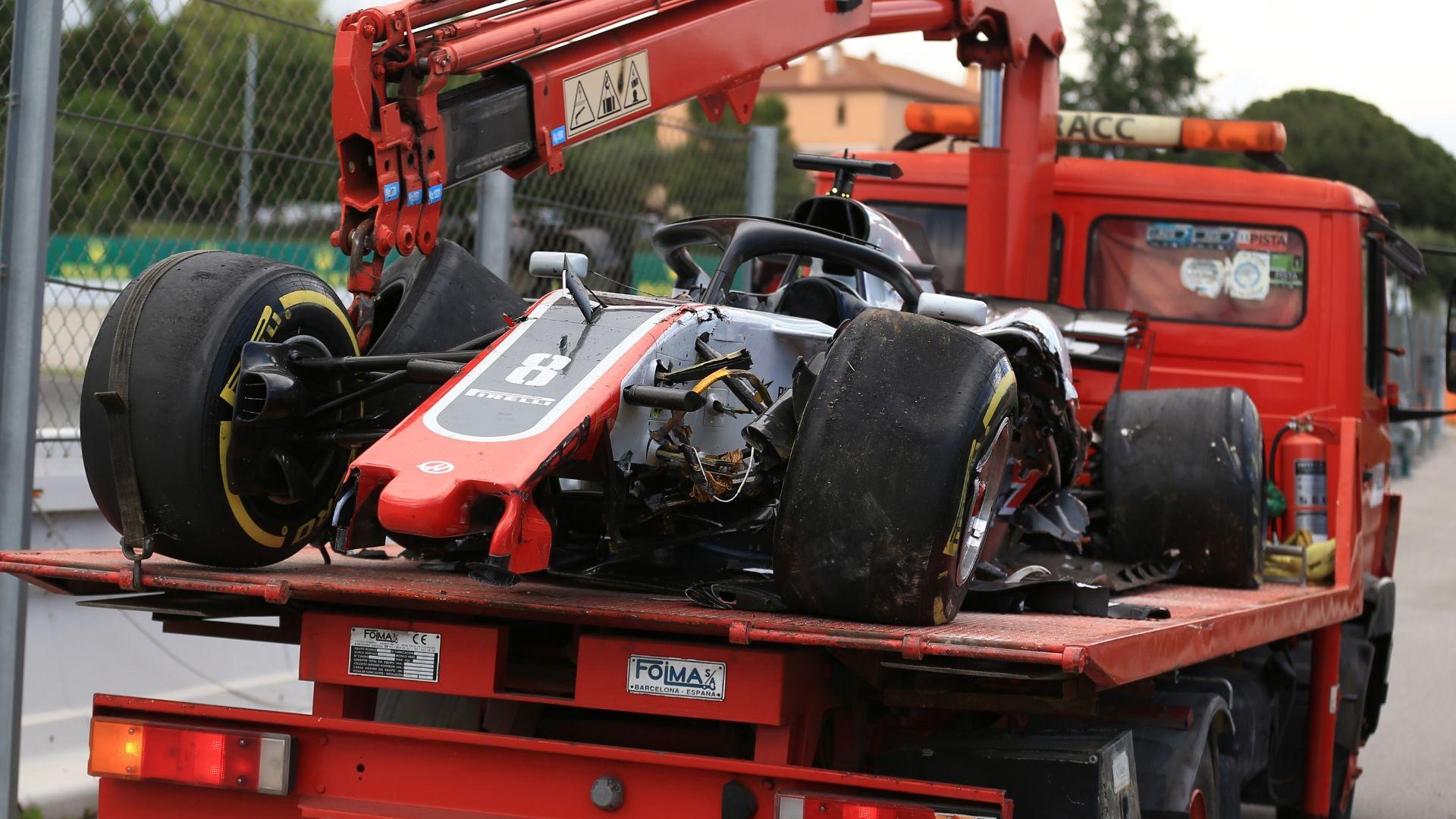 Grosjean's struggles continue on the track