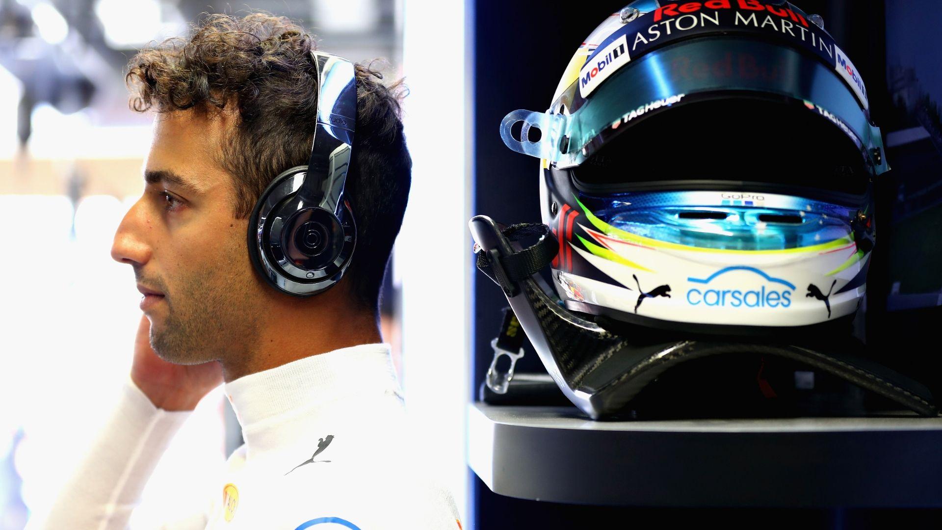 Could Ricciardo swap Red Bull for McLaren?