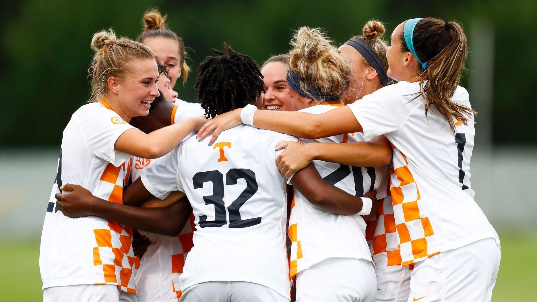 No. 19 Tennessee edges Mississippi State
