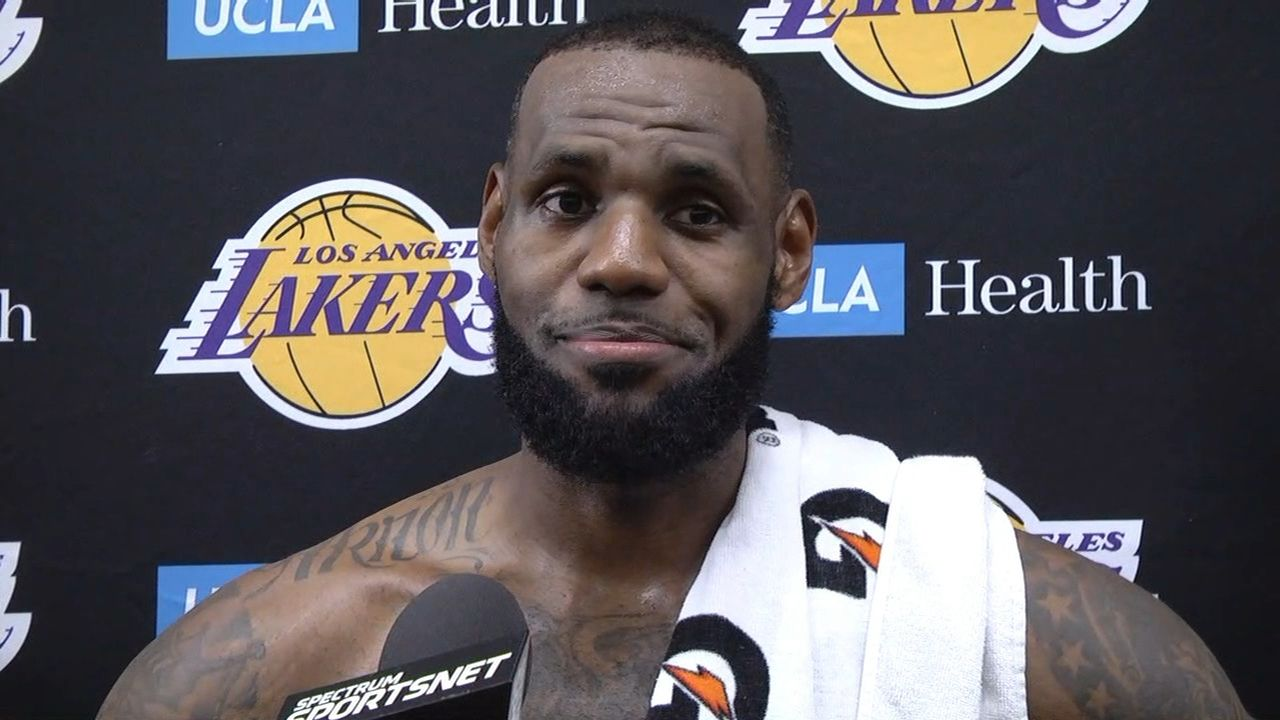 LeBron amused by loyalty question