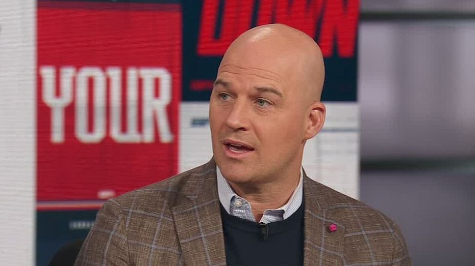 Hasselbeck says he'd take Mahomes over Brady