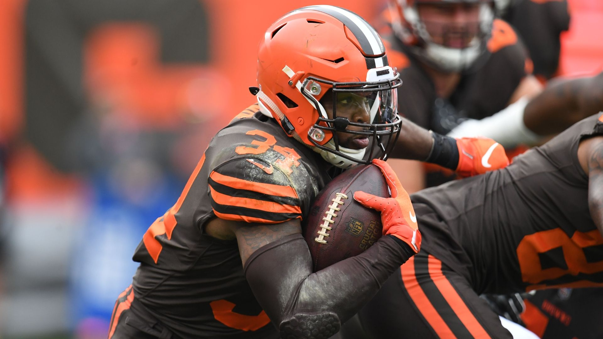 Browns traded Hyde to 'break a log jam' at RB