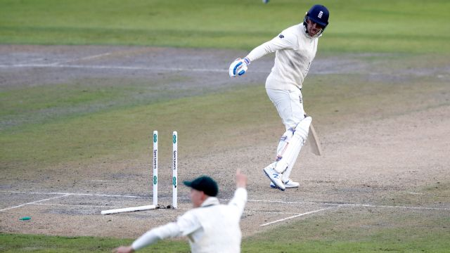 Hussey: England will be nervous going into fourth day