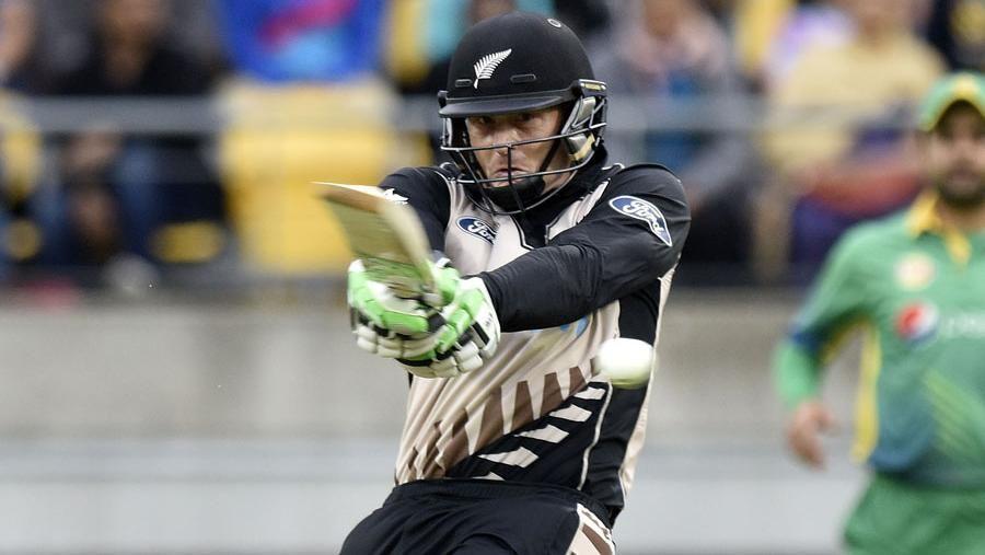 IPL insiders shed light on Guptill, Khawaja snubs