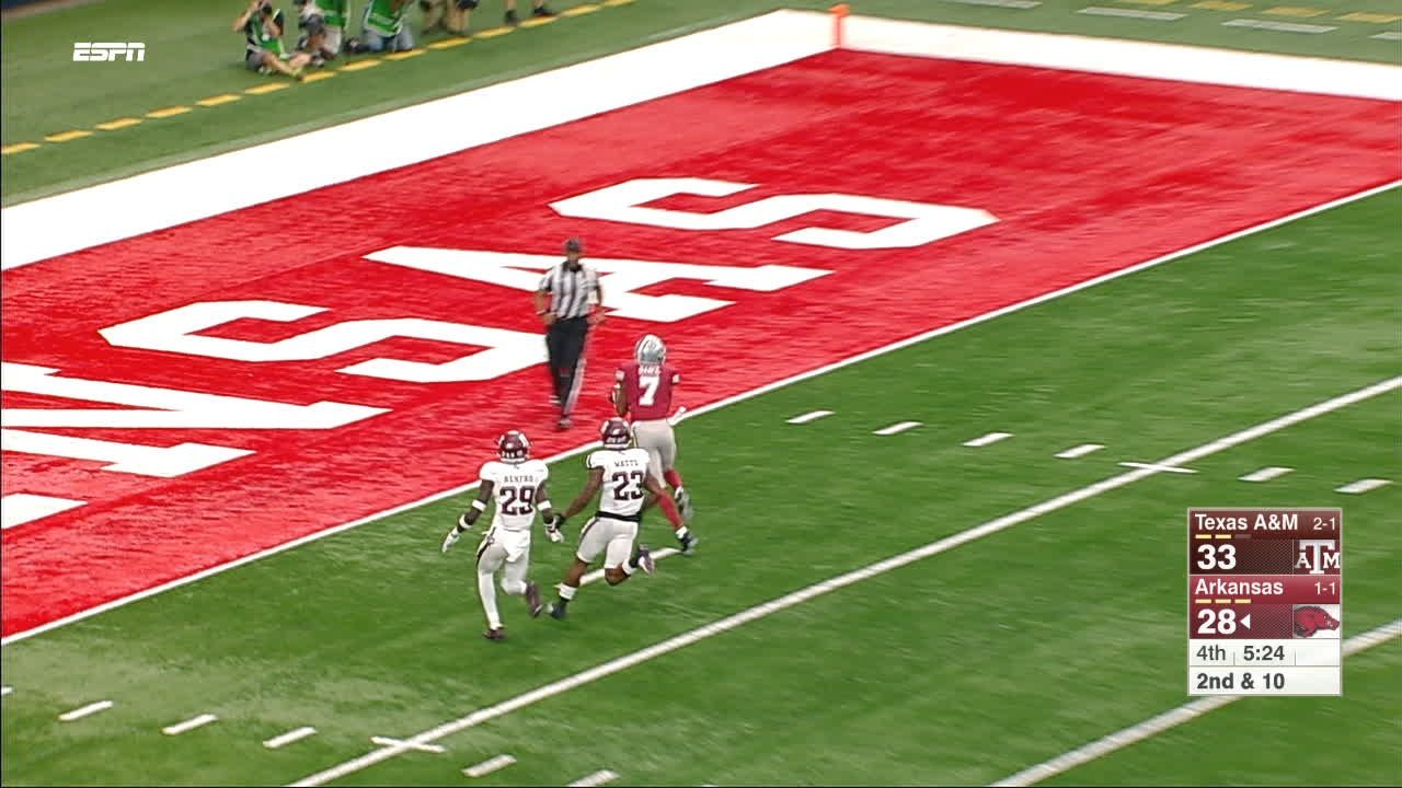 Razorbacks respond with great TD throw