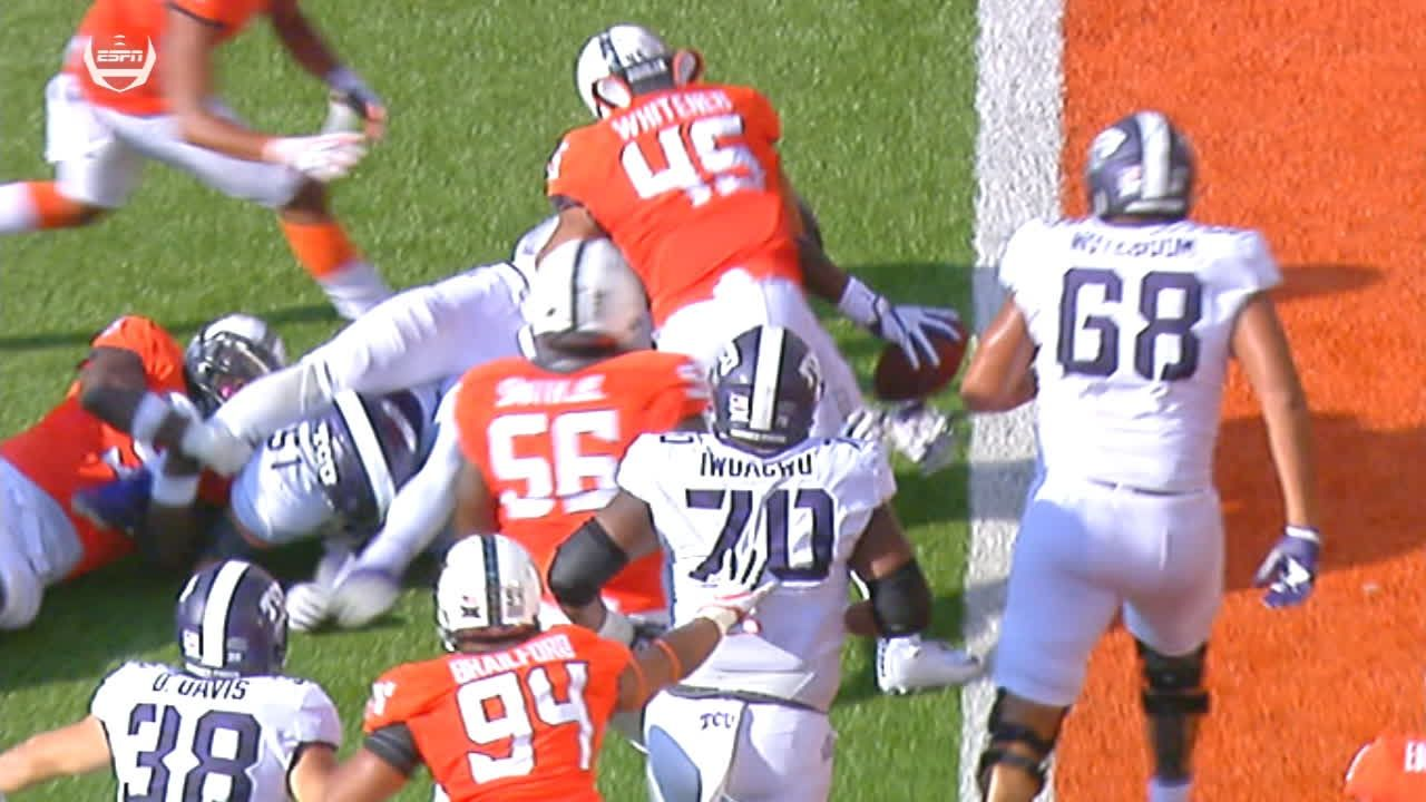 TCU barely gets into the end zone