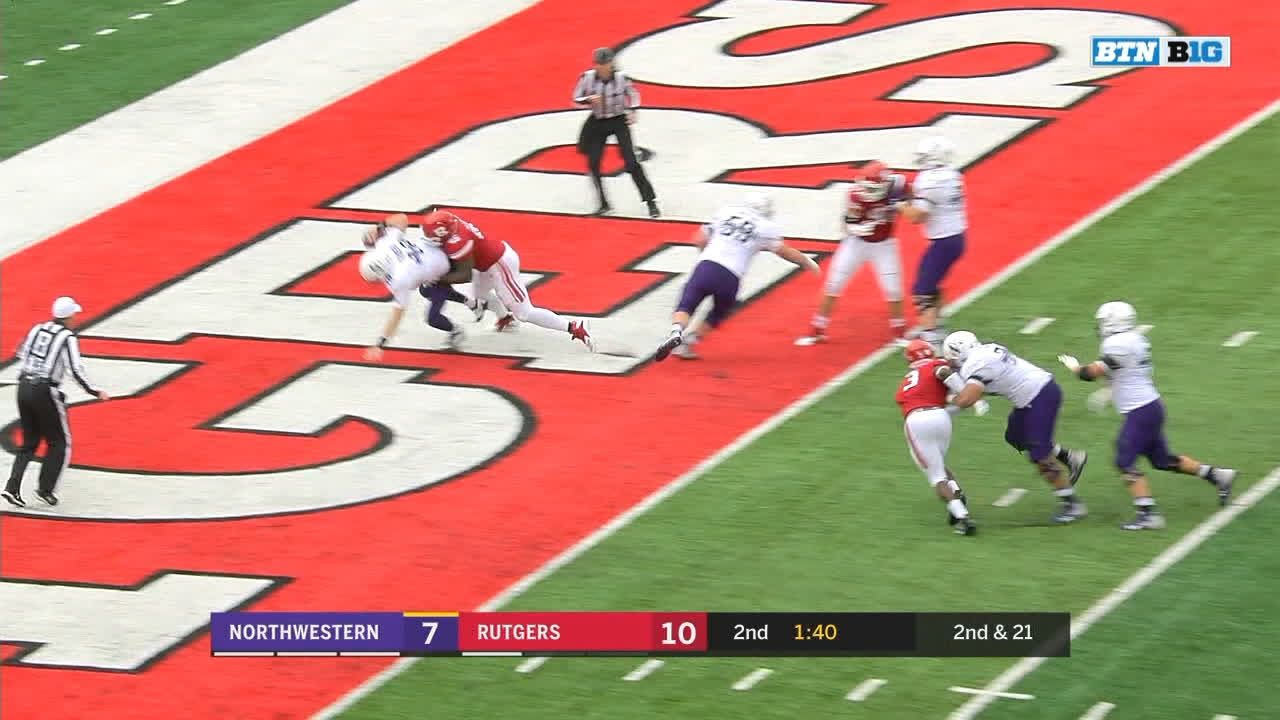 Northwestern QB Thorson sacked in end zone for safety