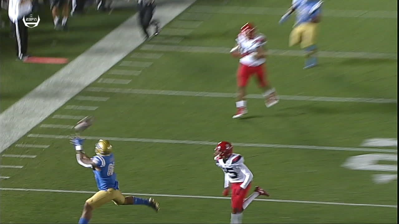 UCLA extends the lead to 17-7 right before halftime