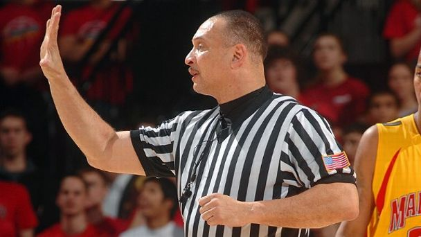 NCAA referee