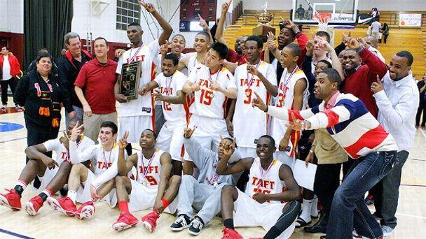 Taft HS celebrating its City title.