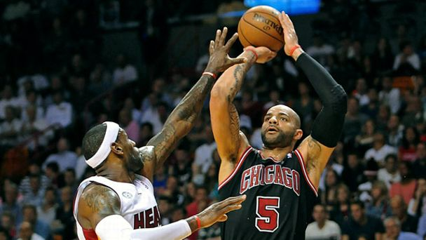Carlos Boozer, LeBron James