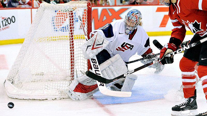 Espnw Training Tracks With U S Hockey Goalie Jessie Vetter