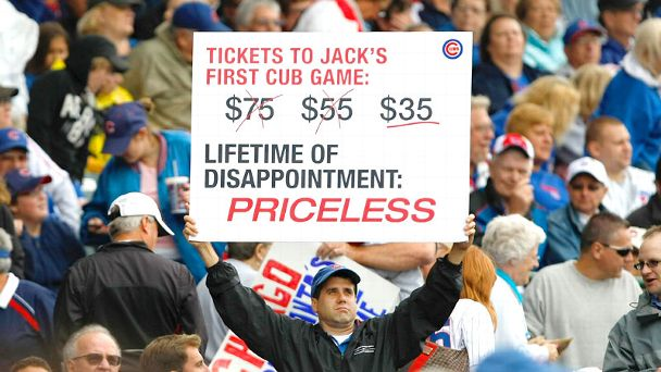 Chicago Cubs fan with sign