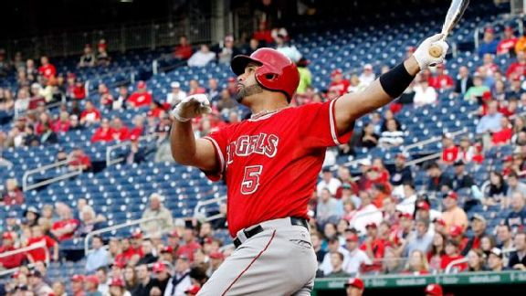 Pujols Reaches 500 Mark