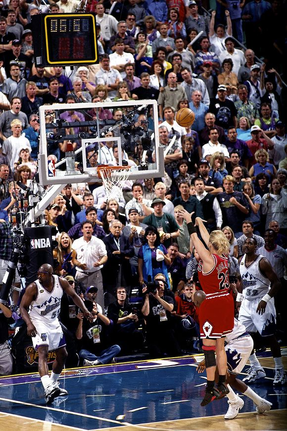 Michael Jordan's iconic playoff moments recreated by Michelle Beadle - SportsNation - ESPN