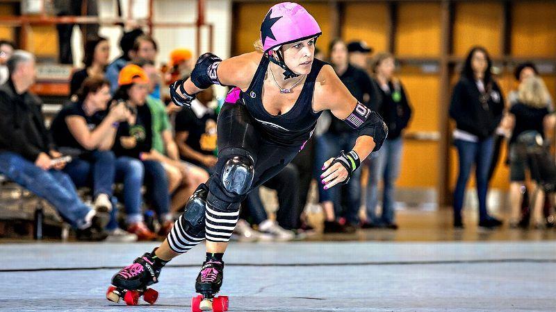Meet Julie Brandt Glass The Usain Bolt Of Roller Derby
