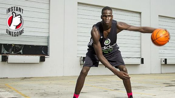 7-Footer Moves Like A Guard