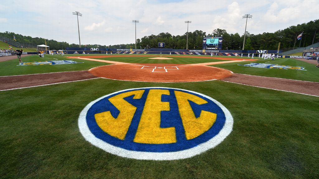 Five from SEC baseball named to Academic All-District
