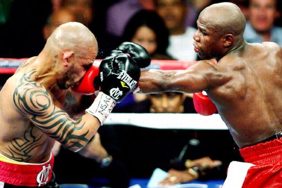 Miguel Cotto, Floyd Mayweather